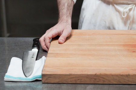 unoccupied: Close up of butcher with chopping board and knife LANG_EVOIMAGES