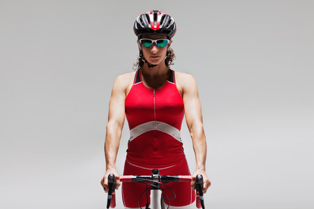 Female cyclist LANG_EVOIMAGES