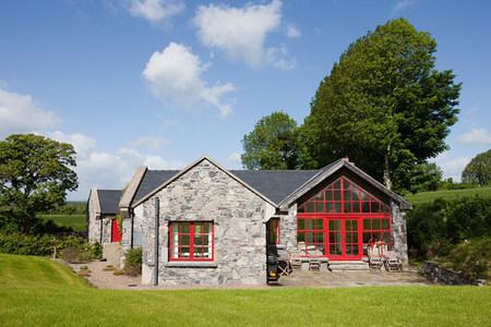 irish countryside: Exterior of rural Irish cottage