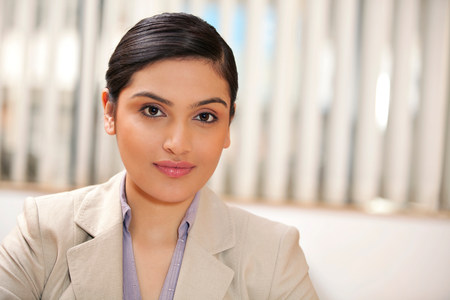 indian subcontinent ethnicity: Portrait of a female executive