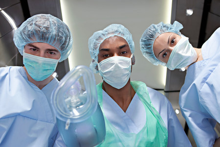Anaesthetists with anaesthetic mask LANG_EVOIMAGES
