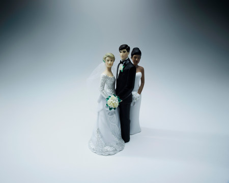 adultery: Wedding figurines