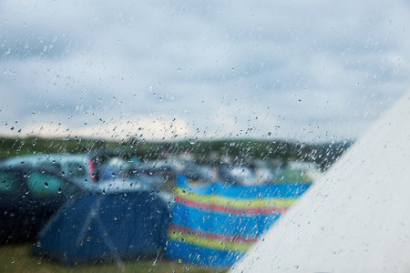 Camp site in the rain LANG_EVOIMAGES