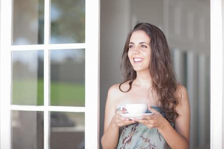 tea breaks: Young women with cup of tea