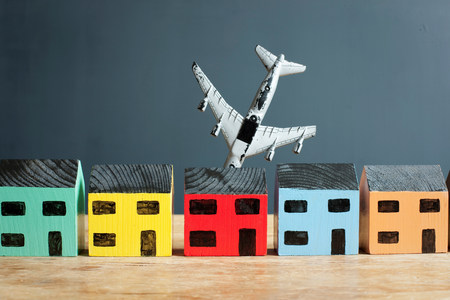 Plane crashing into model house LANG_EVOIMAGES