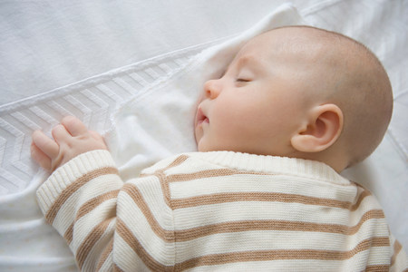 shutting: Baby boy sleeping,close up