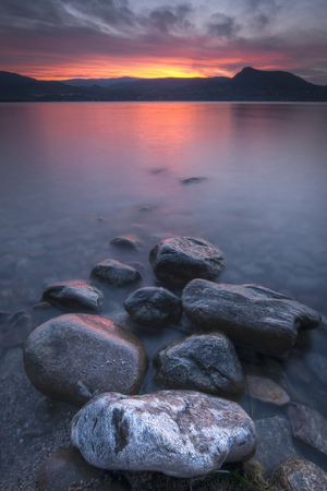 Shoreline rocks, Okanagan Lake, Naramata, British Columbia, Canada LANG_EVOIMAGES