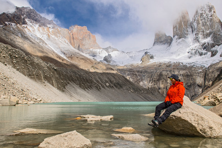 magallanes: Female hiker at Torres del Paine National Park, Patagonia, Chile