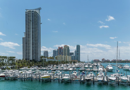 Moored yachts and condos in Miami Beach South Pointe,Florida,USA LANG_EVOIMAGES