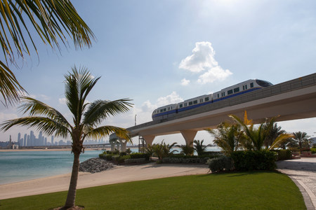 Monorail over tropical beach LANG_EVOIMAGES