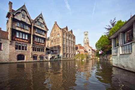 Buildings on village canal LANG_EVOIMAGES