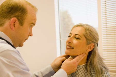 accountable: Mature patient with Doctor