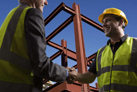 Agreement at construction site LANG_EVOIMAGES