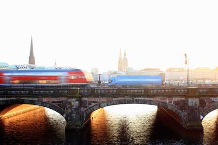 18 wheeler: Time lapse view of bus on urban bridge LANG_EVOIMAGES