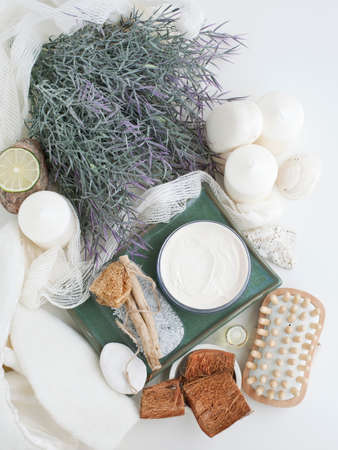 lavender coloured: Lavender and skincare products LANG_EVOIMAGES