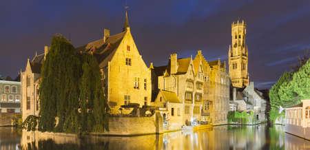 Canals of Bruges and Belfort, Belfry of Bruges, Belgium LANG_EVOIMAGES