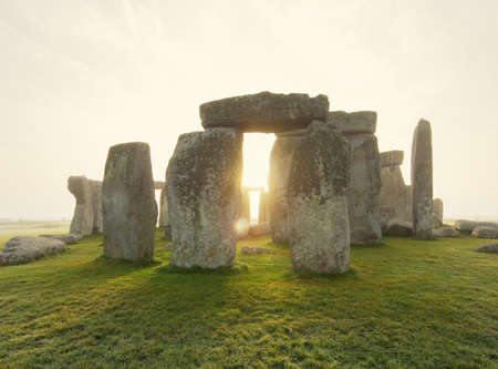 astonishing: View of Stonehenge at sunrise, Wiltshire, England LANG_EVOIMAGES