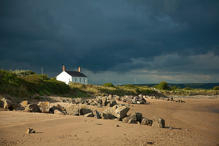 Cottage by beach,Devon,England,UK LANG_EVOIMAGES