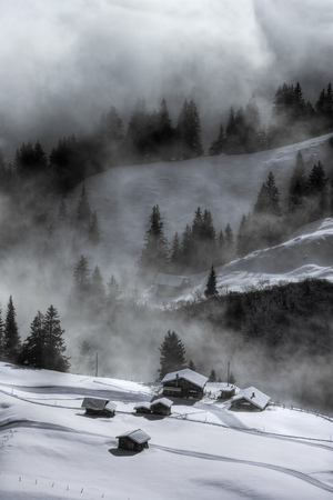 bernese oberland: Misty scene,Murren,Bernese Oberland,Switzerland
