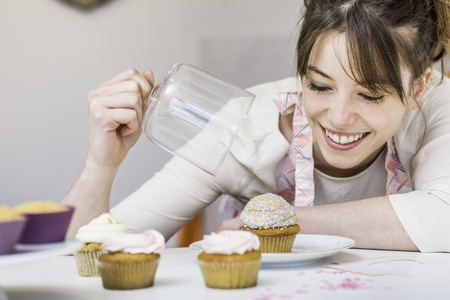 woman with her cupcakes