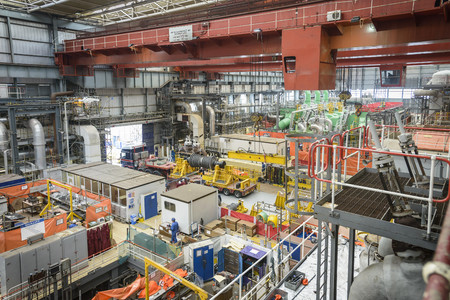 boiler suit: Turbine hall in repair during power station outage, high angle view