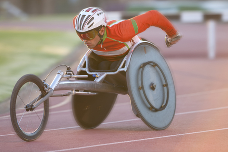 Athlete in para-athletic competition LANG_EVOIMAGES