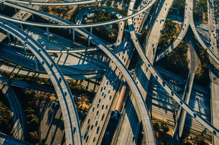 Aerial view of curved flyovers and highways, Los Angeles, California, USA LANG_EVOIMAGES