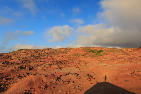 gods: Kaehiakawaelo (Garden of the Gods), landscape of red dirt, lava and rock formations, Lanai Island, Hawaii, USA LANG_EVOIMAGES