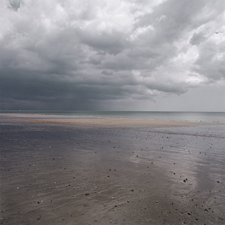 stormy waters: Beach LANG_EVOIMAGES