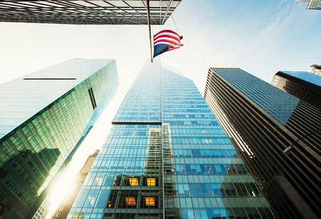 Flaga amerykańska na wieżowcu, Nowy Jork