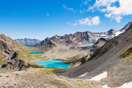 crater lake: Mountain Range, Davos, Graubã¼Nden, Switzerland