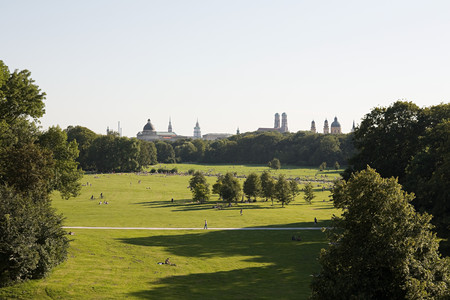 English Garden Munich LANG_EVOIMAGES