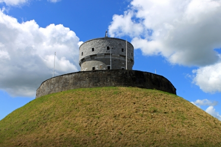 The historic Milmount fort in Drogheda, County Louth, Ireland 版權商用圖片 - 24598795
