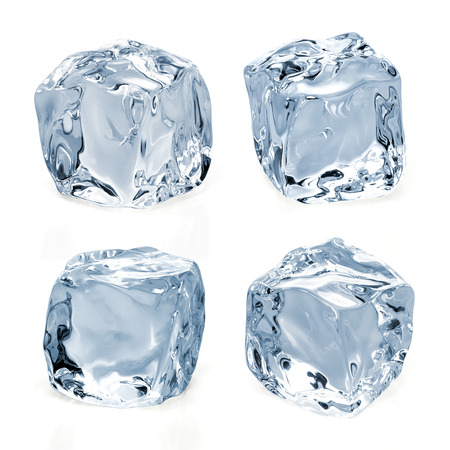 cubo: Cubos de hielo sobre un fondo blanco