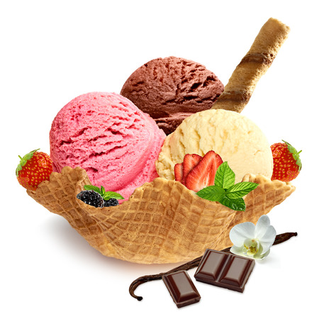Mixed ice cream scoops in bowl Stockfoto