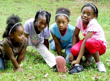 Vier junge M�dchen  Lizenzfreie Bilder