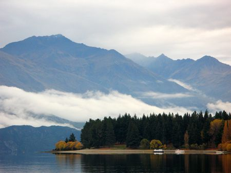Lake Wanaka, New Zealand Stock Photo - 3575555