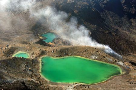 tongariro national park: Emerald Green Lake - Tongariro National Park, New Zealand Stock Photo