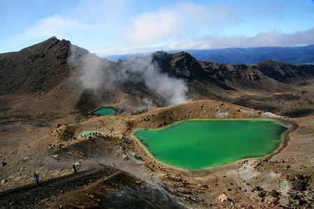 tongariro: Emerald Green Lake - Tongariro National Park, New Zealand Stock Photo
