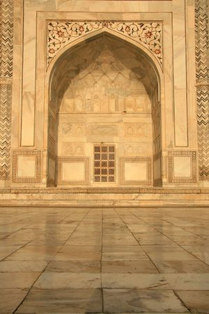 archway: Taj Mahal, Agra, India
