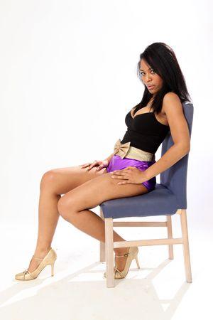 hoer: Mooie jonge vrouw in ondergoed in geïsoleerde Studio omgeving