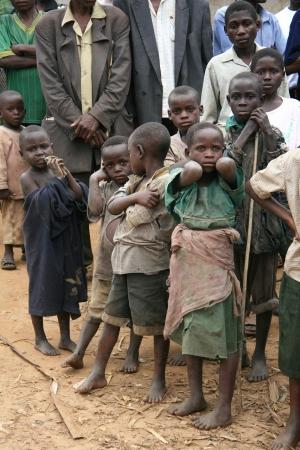 Cier: DR Konga - Listopad 2: Uchodźców Krzyż z Demokratycznej Republiki Konga w Ugandzie na granicy wieś Busanza w powiecie Kisoro 2 listopada 2008