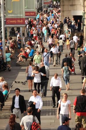 personas en la calle: Ciudad de Londres, Inglaterra.