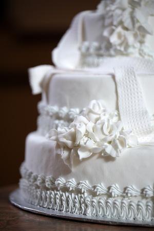 Wedding Cake - Luxury , Expensive Design Stock Photo - 9234925
