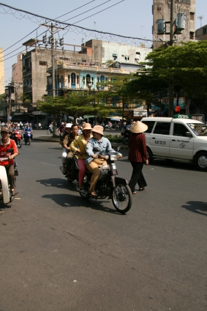 hectic life: Cholon (Chinatown) in Ho Chi Minh, Vietnam Editorial