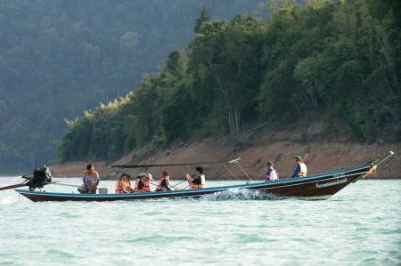 Chiao Lan Lake at Khao Sok National Park, Thailand Stock Photo - 18645922