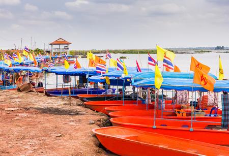 ロータス紅海、ウドンタニ、タイで係留観光船