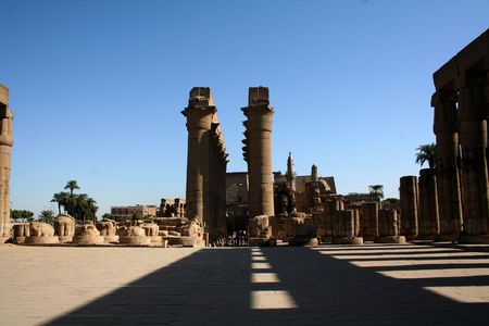 distinctive: Luxor Temple - Entrance including Pylon and Colossal Statues of Ramesses  [Luxor, Egypt, Arab States, Africa]