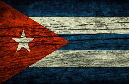 Vintage Bandera de Cuba en superficie de madera Foto de archivo
