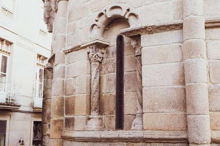 Detail in Santiago or James Church of Allariz close to Plaza Maior or Main Square Foto de archivo